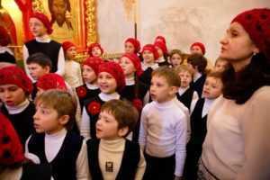 """Светлое Христово Воскресение .Пасхальное выступление детского хора """"Радовесть"""" 2011 год."""
