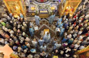 Всенощное бдение с чином погребения Пресвятой Богородицы. 27 августа 2015 года.