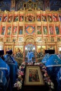 Престольный праздник в храме Введения во храм Пресвятой Богородицы.04 декабря 2015 года.