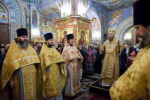 В храмовом комплексе прп. Сергия Радонежского на Рязанке отметили день памяти святителя Николая, архиепископа Мир Ликийских чудотворца. 19 декабря 2017 года.