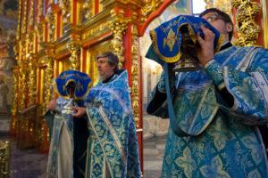 Введение во храм Пресвятой Владычицы нашей Богородицы и Приснодевы Марии. 04 декабря 2017 года.