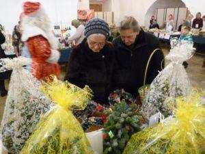 """Участие мо """"Радовесть"""" в благотворительной Рождественской ярмарке в Новоспасском ставропигиальном мужском монастыре. 24 декабря 2017 год."""