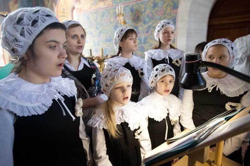 Пение хора воспитанников воскресной школы на Божественной Литургии. 24 марта 2018 года.