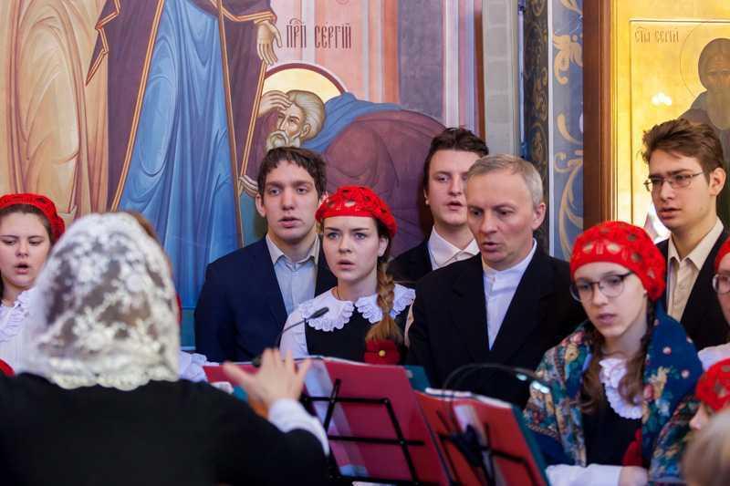 Пасха Христова. Поздняя Божественная литургия. Пение детского хора. 08 апреля 2018 года.