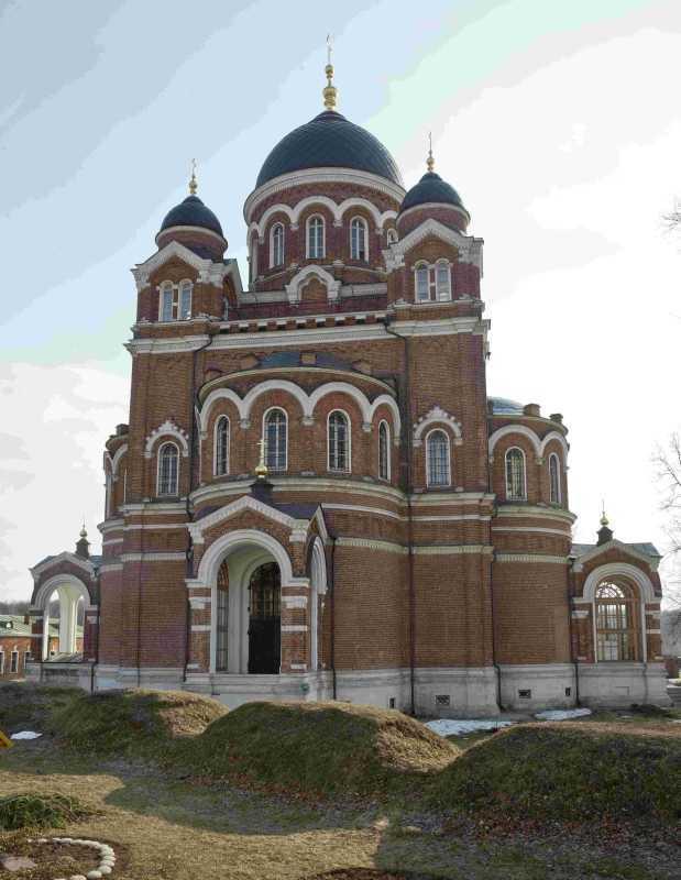 В неделю Крестопоклонную 2019 г. воскресная школа «Радовесть» храмового комплекса прп.Сергия Радонежского на Рязанке посетила г.Смоленск.
