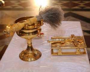 Пение Символа веры во время божественной литургии на Пасху 2014 года.