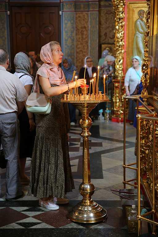 Неделя 8-я по Пятидесятнице. Блж. Василия, Христа ради юродивого, Московского.