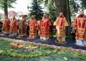 Патриарший экзарх всея Беларуси возглавил торжества по случаю дня памяти преподобномученика Серафима, архимандрита Жировичского